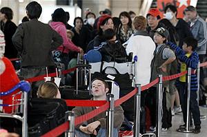 moradores_e_turistas_lotam_o_aeroporto